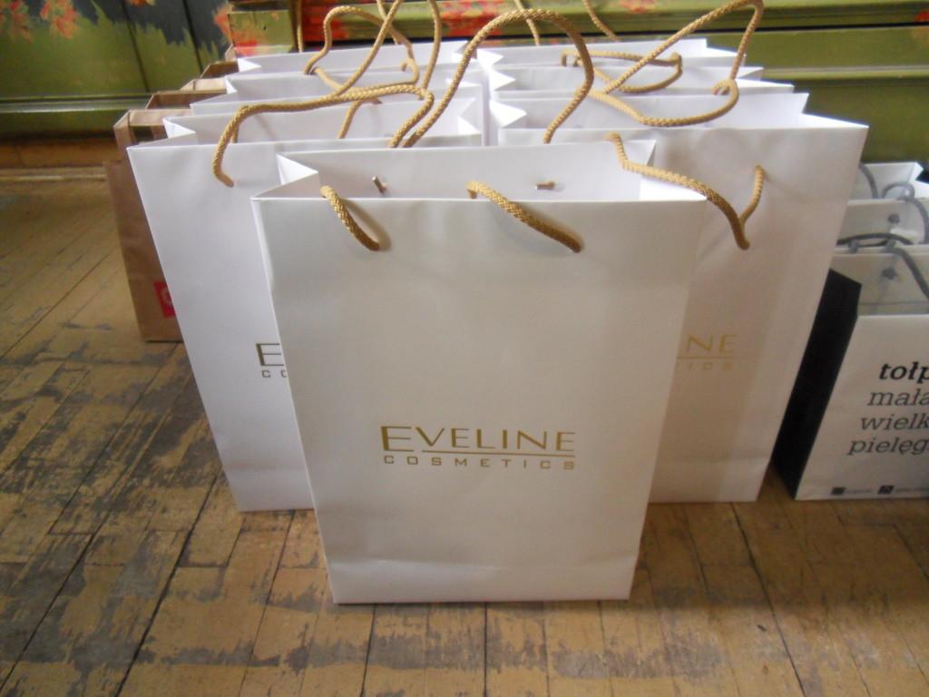 Upominki od Eveline Cosmetics