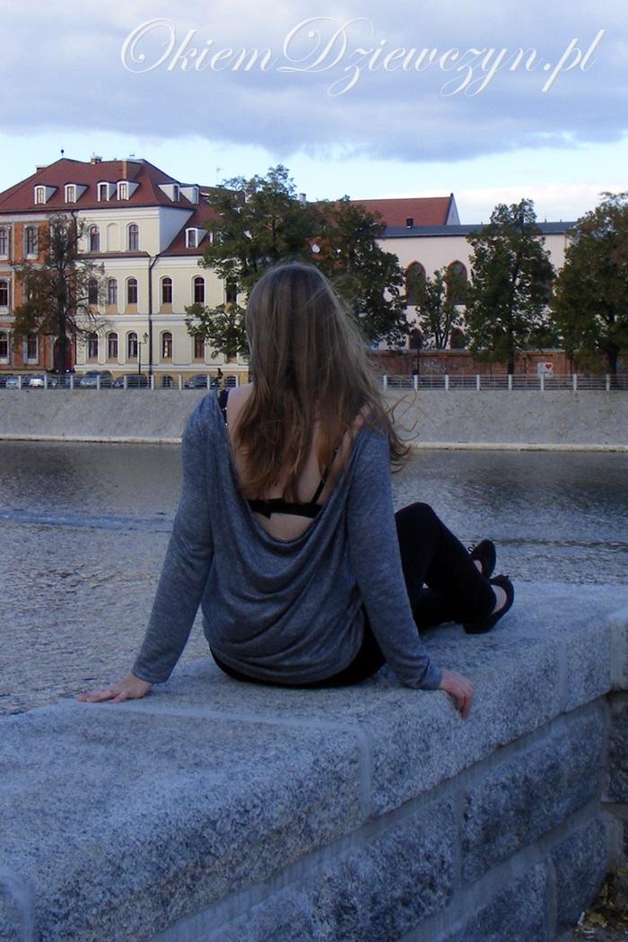 Grey Long Sleeve Backless Sweater