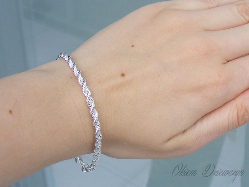 http://www.bornprettystore.com/delicate-torsive-bracelet-fashionable-bracelet-jewelry-decoration-p-24501.html