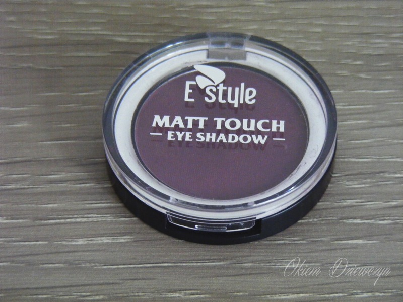 Matowy cień do powiek E-style