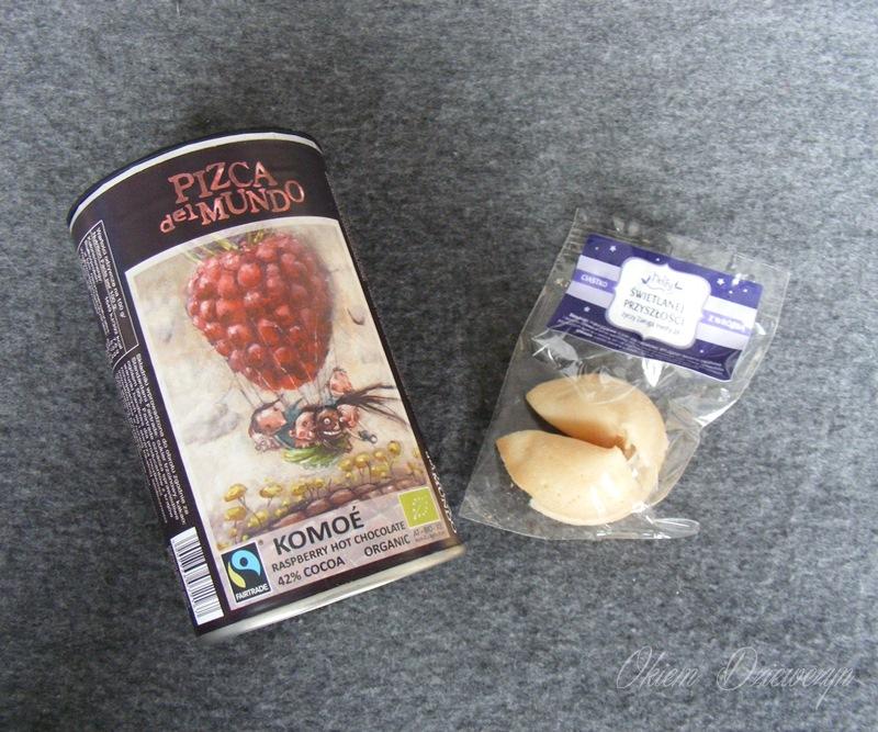 Czekolada z maliną i ciasteczko szczęścia z Helfy
