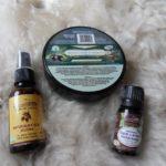 Olej jojoba, olejek z drzewa herbacianego oraz Savon Noir D'Maroc od CosmoSpa