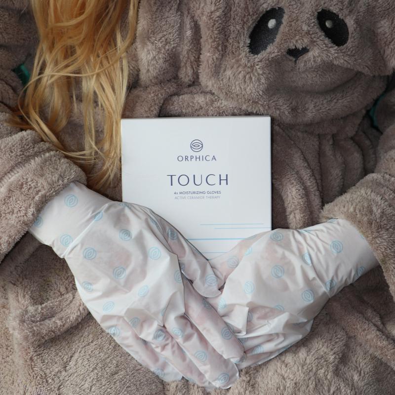 Rękawiczki nawilżające Orphica.