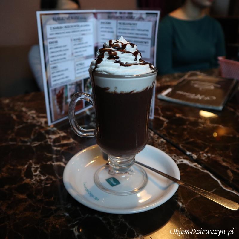 Czekolada na gorąco w Classic Coffe w Opolu.