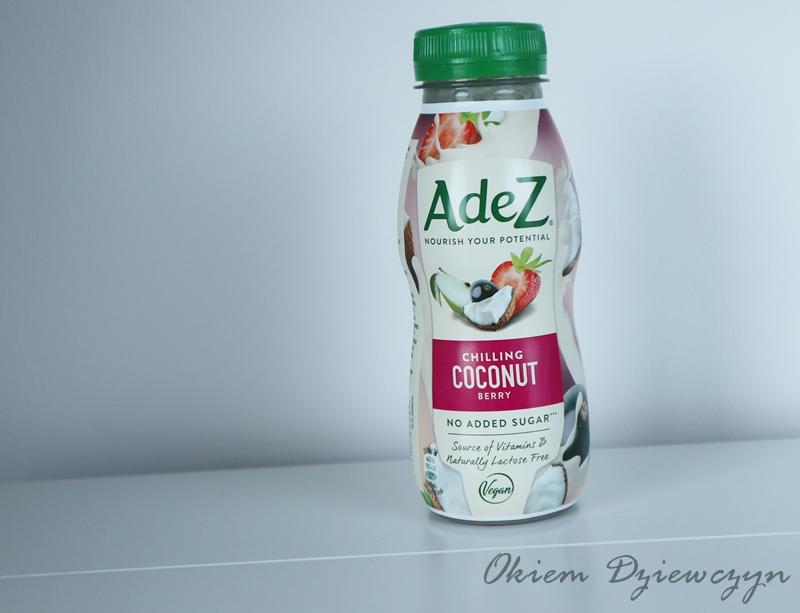 Napój kokosowy z sokami owocowymi wzbogacony w witaminy z grupy B.