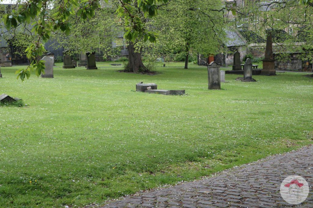 Greyfriars Kirkyard - pilnowanie zmarłych